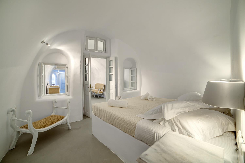 Spiliotica on the Cliff Suites & Apartments