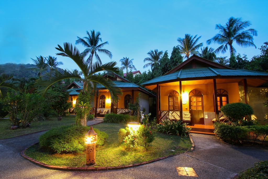 Eden Bungalow Resort