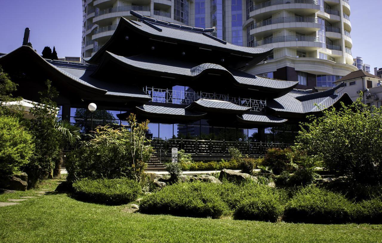 Kailas Park Hotel