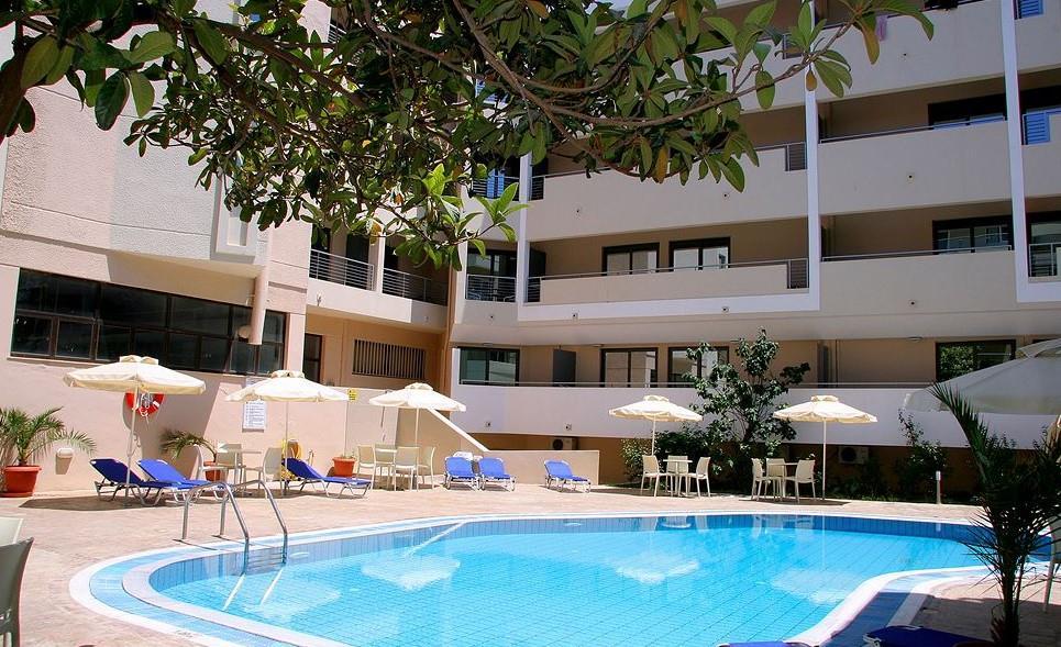 Michel Apartments