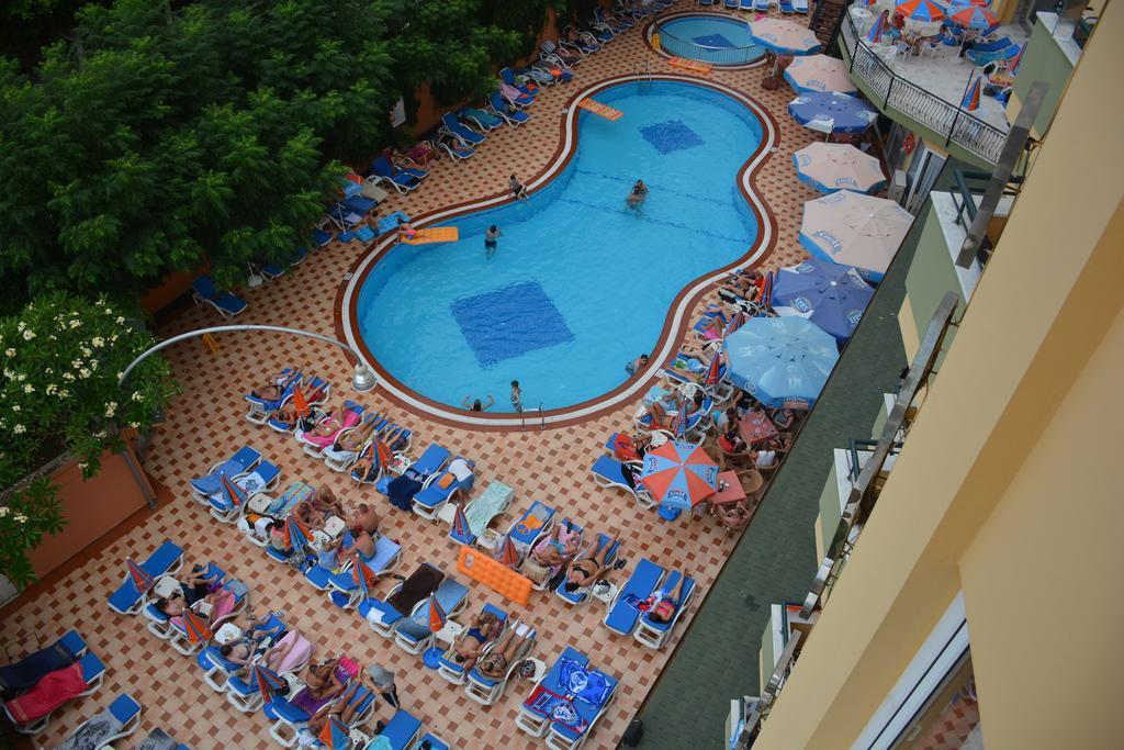 Kleopatra Dreams Beach Hotel 4*