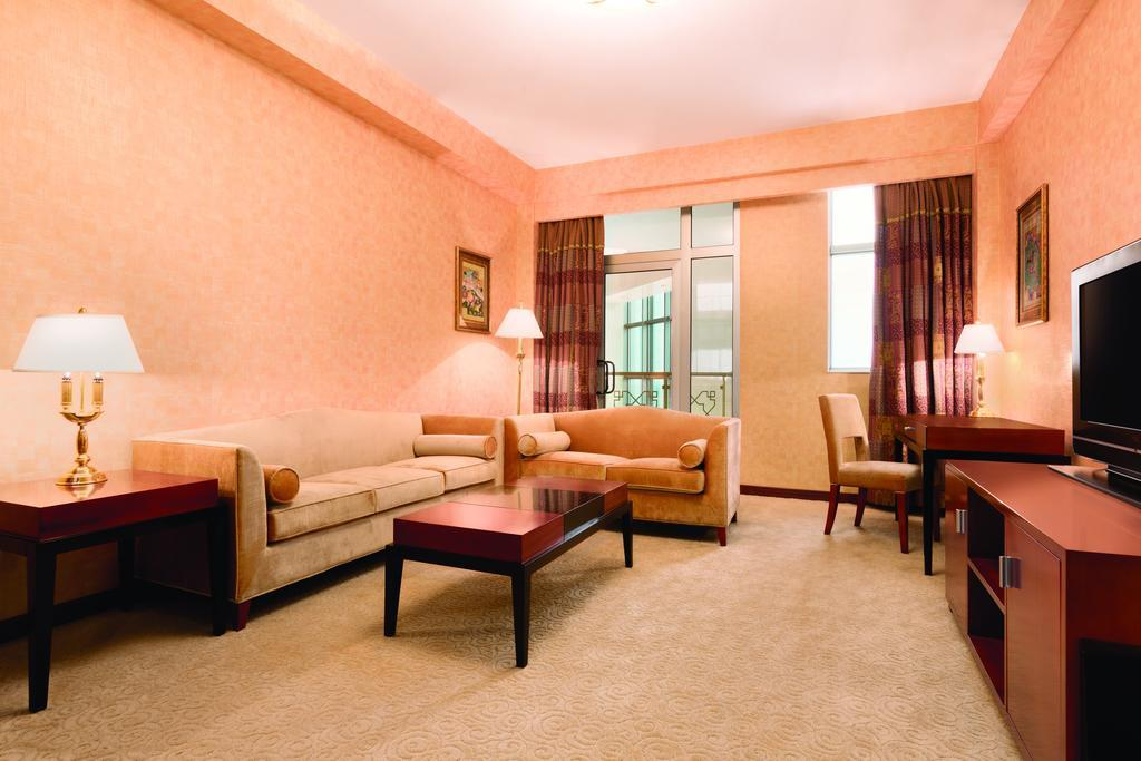 Ramada Plaza by Wyndham Gence 5*