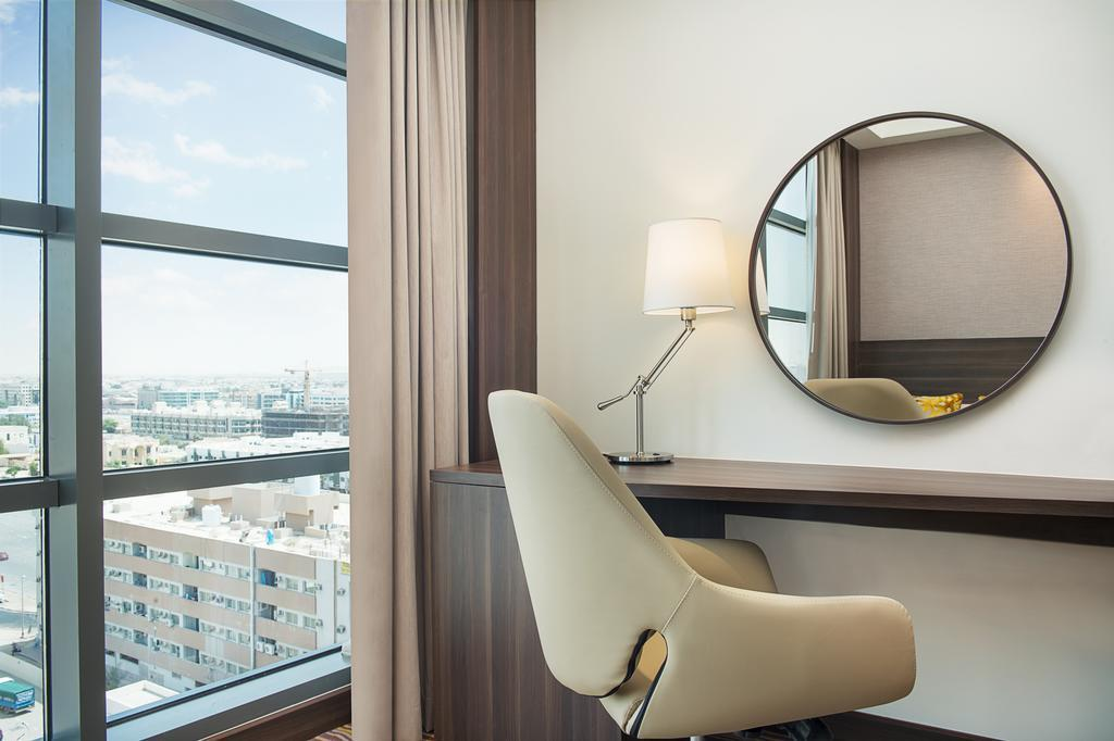 Фото отеля Hampton By Hilton Dubai Airport 3*