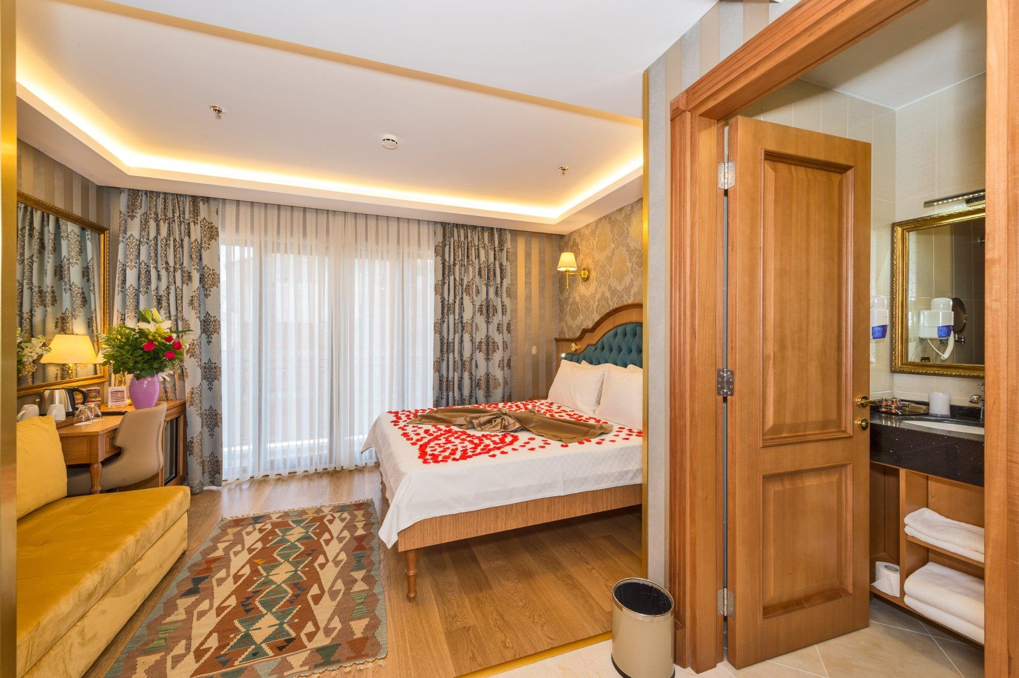 Aprilis Gold Hotel
