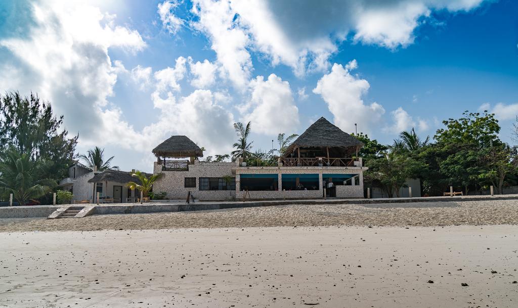 Картинки по запросу beach baby lodge 4*