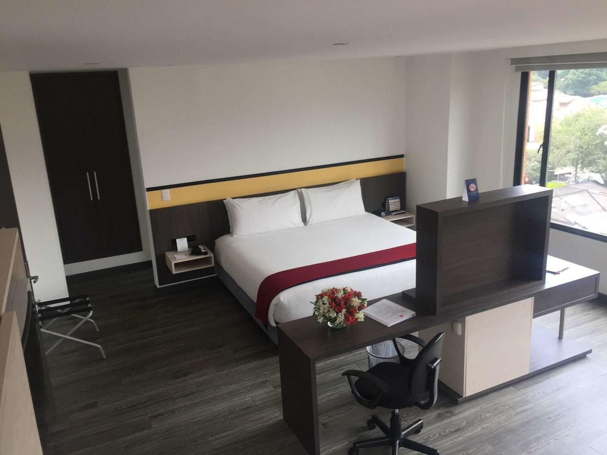 Best Western Calleja Suites