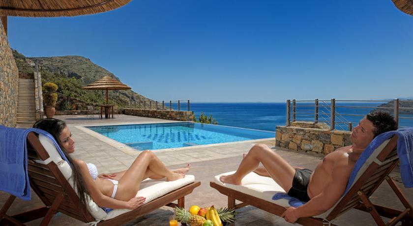 Купить недвижимость в крит недорого на берегу моря