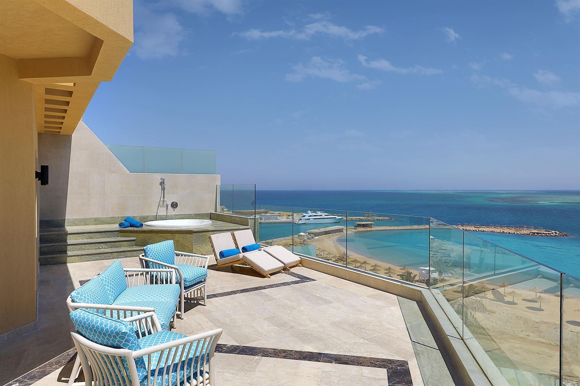 hilton plaza хургада отель: