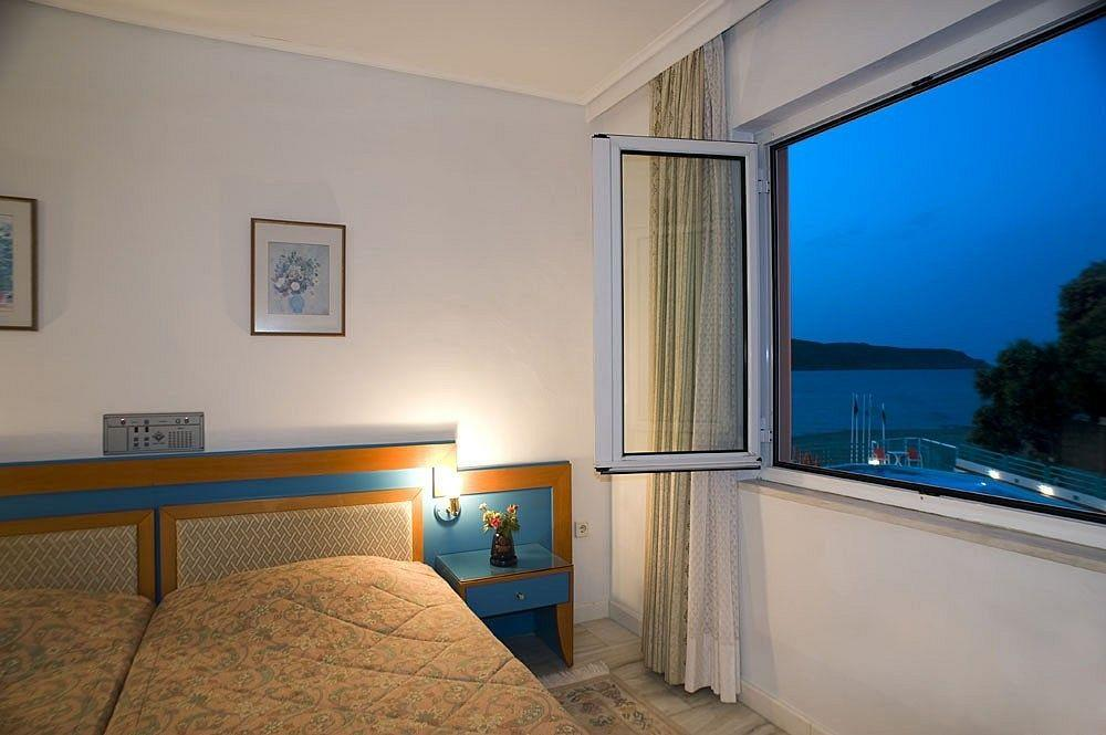 Ilianthos Village Luxury Hotel & Suites