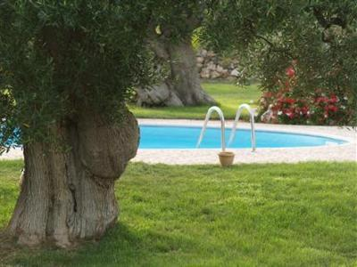 VIP cottages in Ostuni video