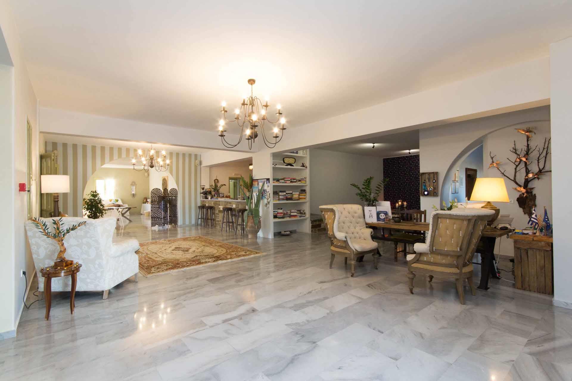 Parosland Hotel & Resort