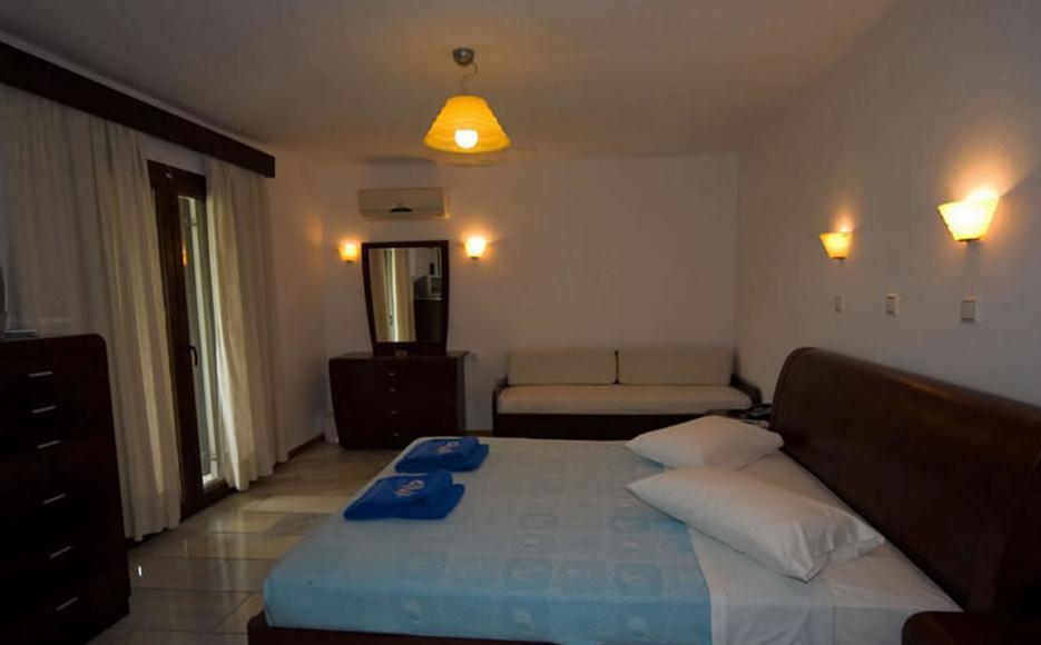 Karma Porto Paros Hotel & Villas