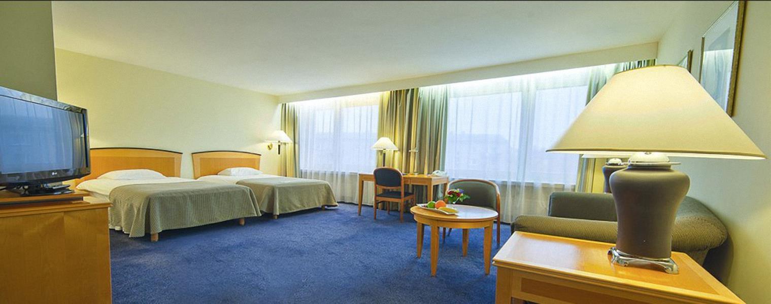 Гостиницы Москвы Официальный сайт гостиницы Космос Москва
