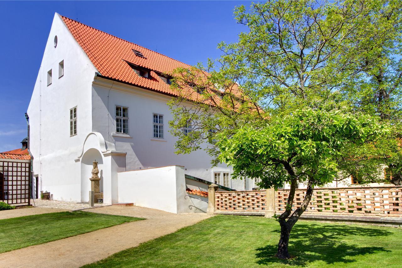 Residence Monastery - 4