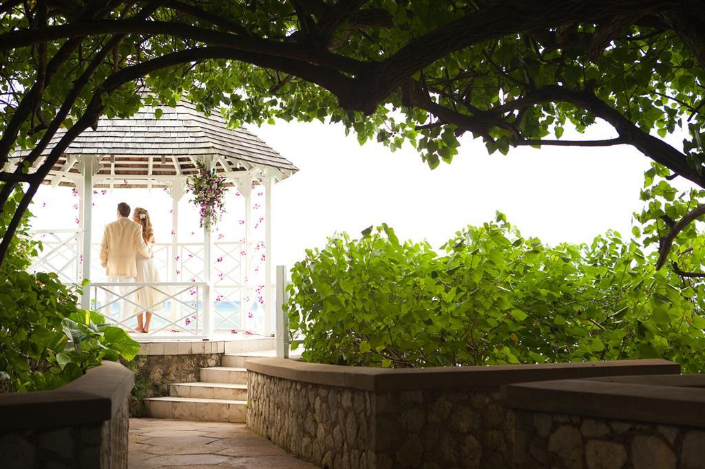 Villa lido jamaica wedding