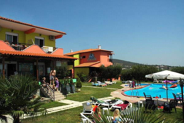 Sunday Chillout Summer Resort
