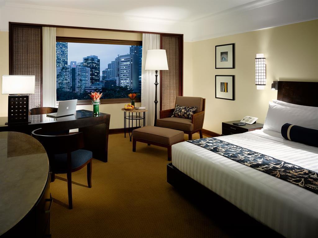 weaknesses of manila peninsula hotel