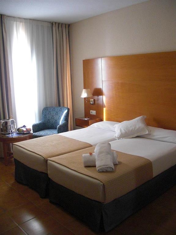 Отель tryp ciudad испания аликанте торревьеха
