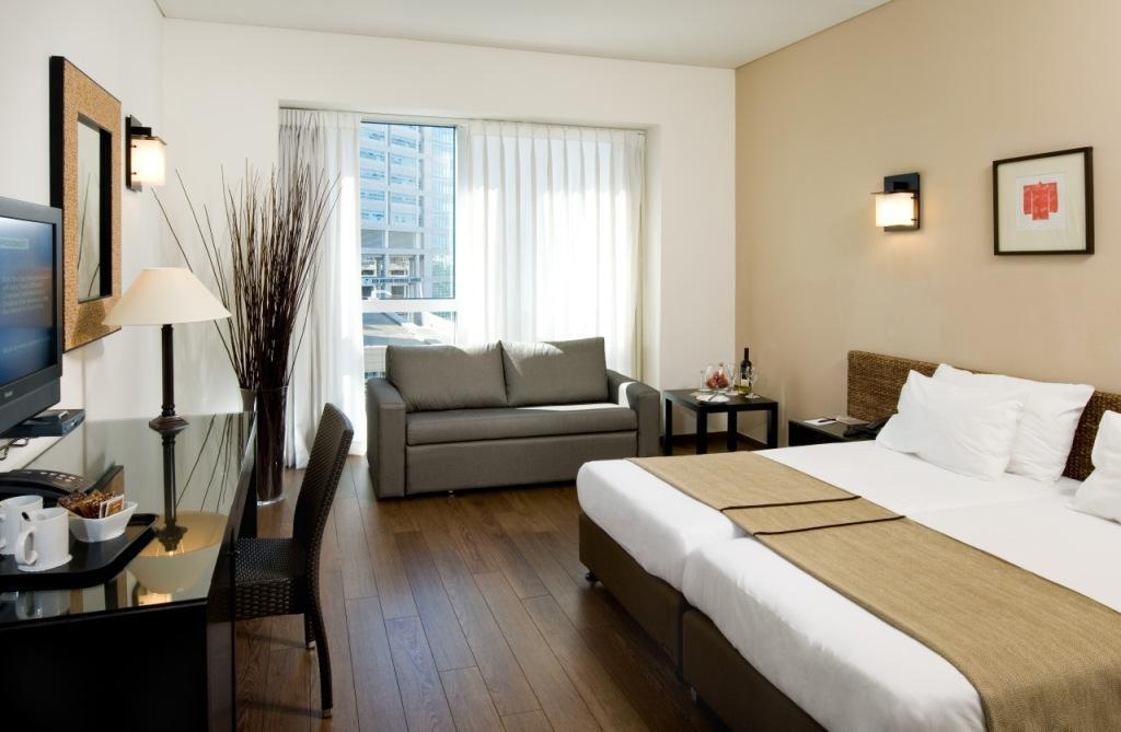 boutique hotel business plan The riverview hotel is a boutique 5+ hotel comprising 35 luxury guest rooms and specializing in servicing business and corporate clients it serves the business community, and visiting business traveller, in the city of notown usa.