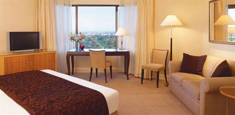 Intercontinental Adelaide 5*
