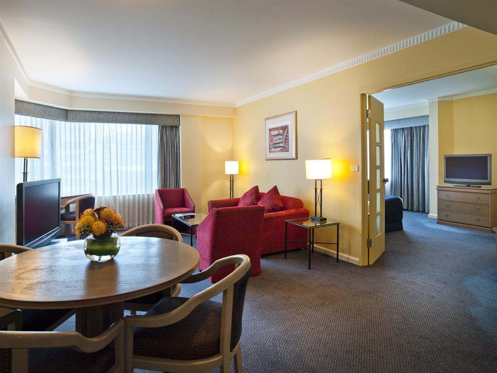 Grand Chancellor Hotel on Hindley Adelaide 4*