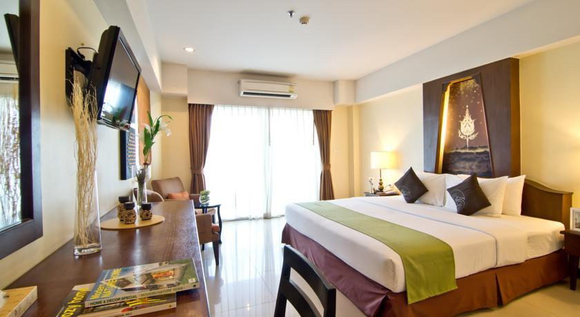 Golden Sea Pattaya