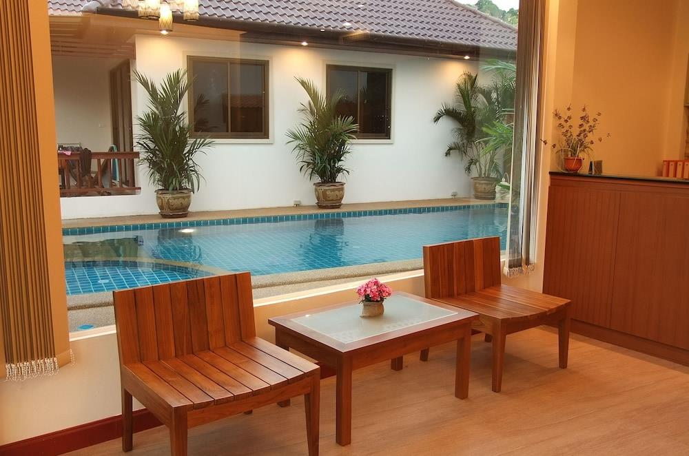Kata Noi Resort
