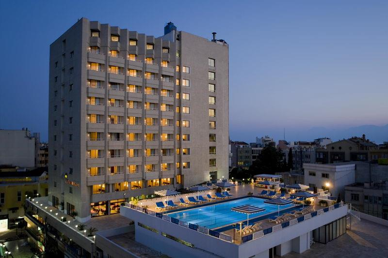 Best Western Plus Khan Hotel 4*