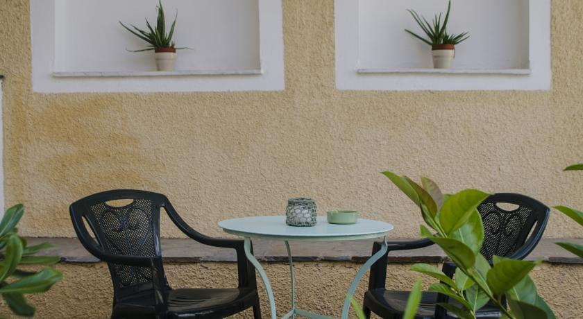 Aegina Hotel