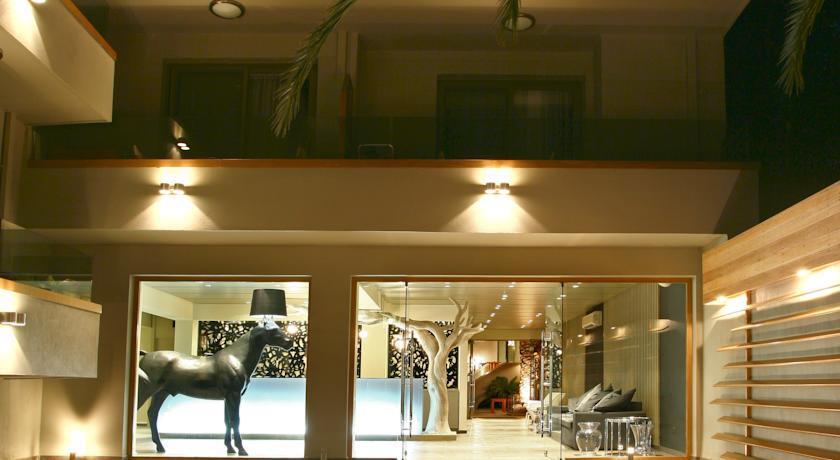 Bourtzi Boutique Hotel