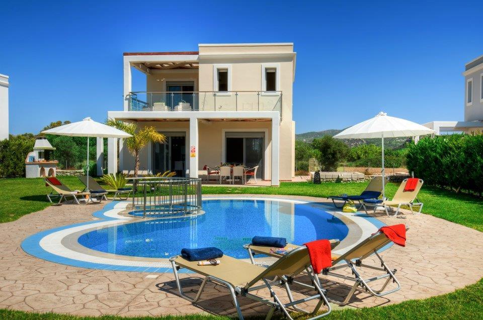 Дом в греция недорого у моря в рублях