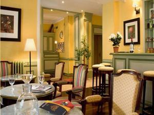 Sale Brichot hotels