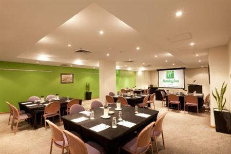 Holiday Inn Darling Harbour 4*