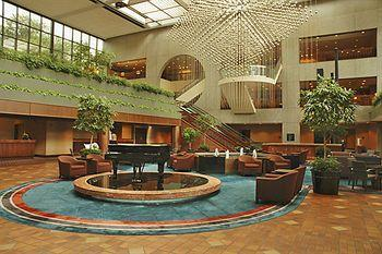 the tragedy at the hyatt regency Thirty years ago, kansas city was shaken to the core in a hometown tragedy thirty years later, memories of the hyatt regency skywalk collapse still haunt metro residents.