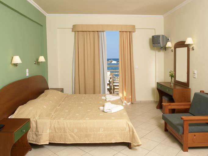 Porto Kalamaki Hotel