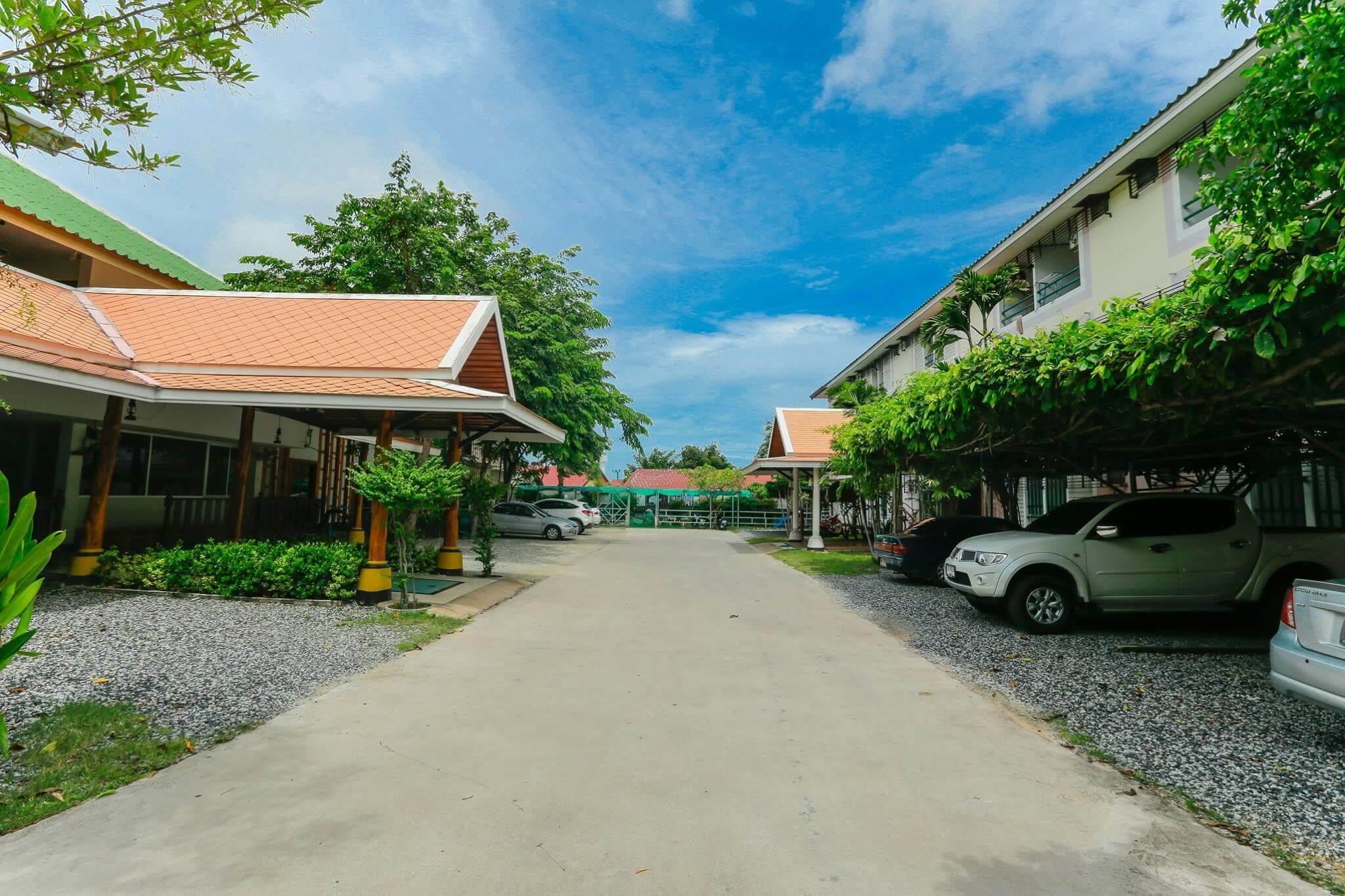 Deeden Pattaya Resort