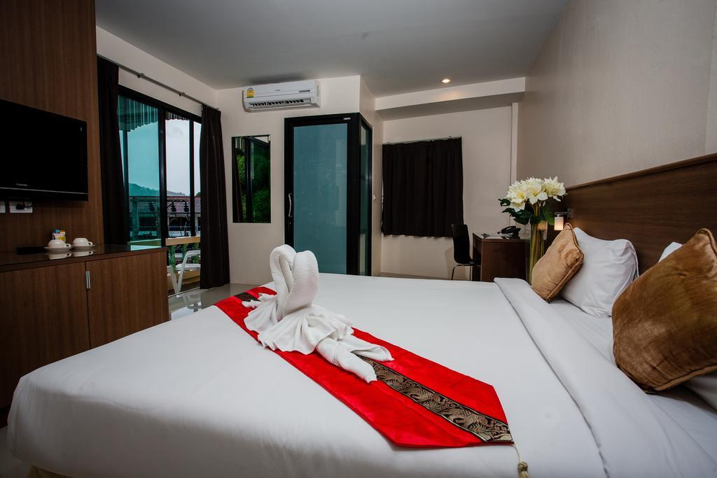 The Wave Patong Boutique Hotel