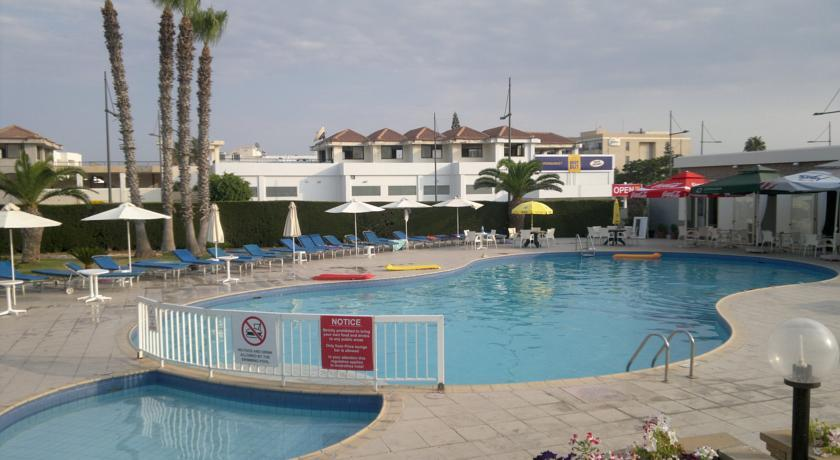 Androthea Hotel