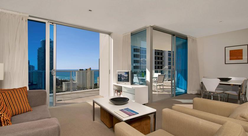 Artique Surfers Paradise 4*