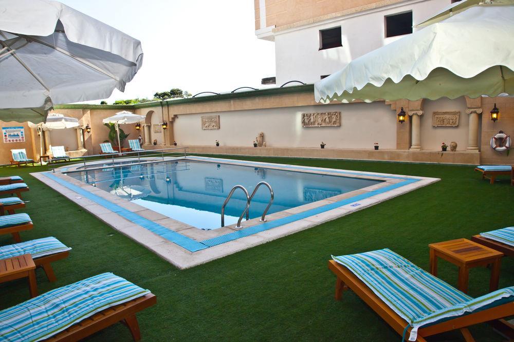Cesar palace hotel and casino logo eagle river casino whitecourt alberta