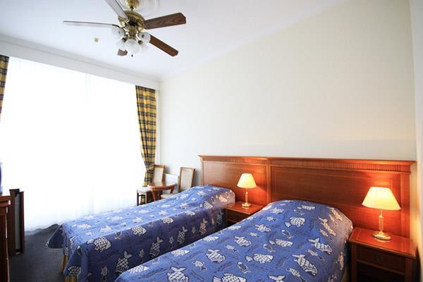 http://hotels.sletat.ru/i/f/87794_1.jpg