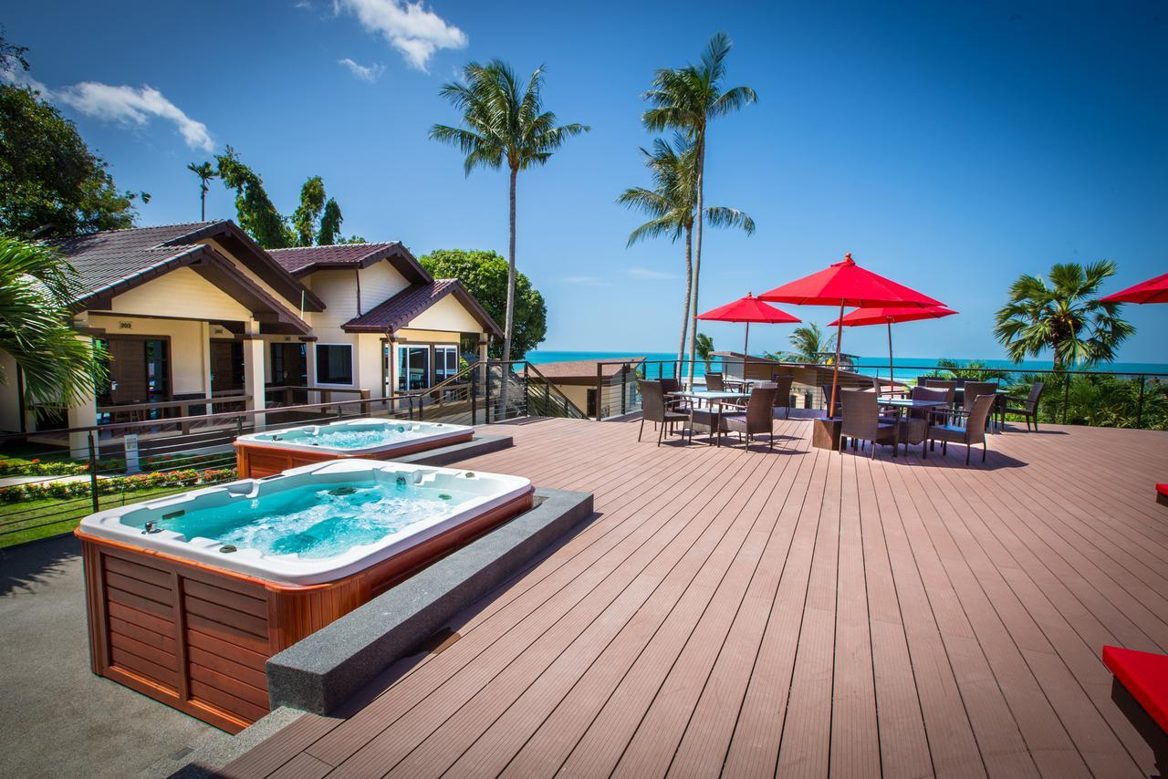 Royal Beach Boutique Resort & Spa