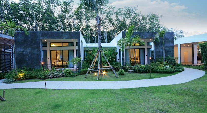 Wanaburi Resort