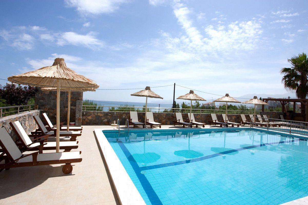 Dias Hotel & Apartments