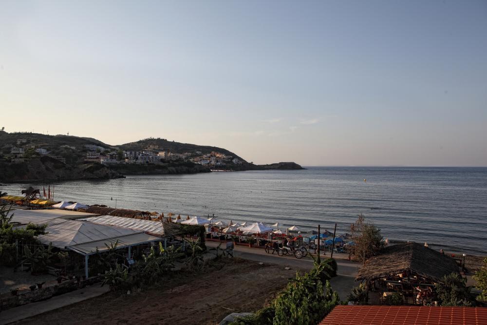 Niriides Beach Hotel