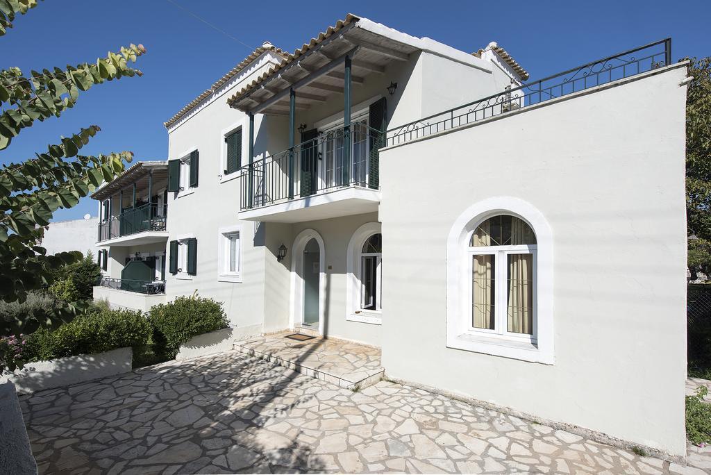 Balaris Apartments