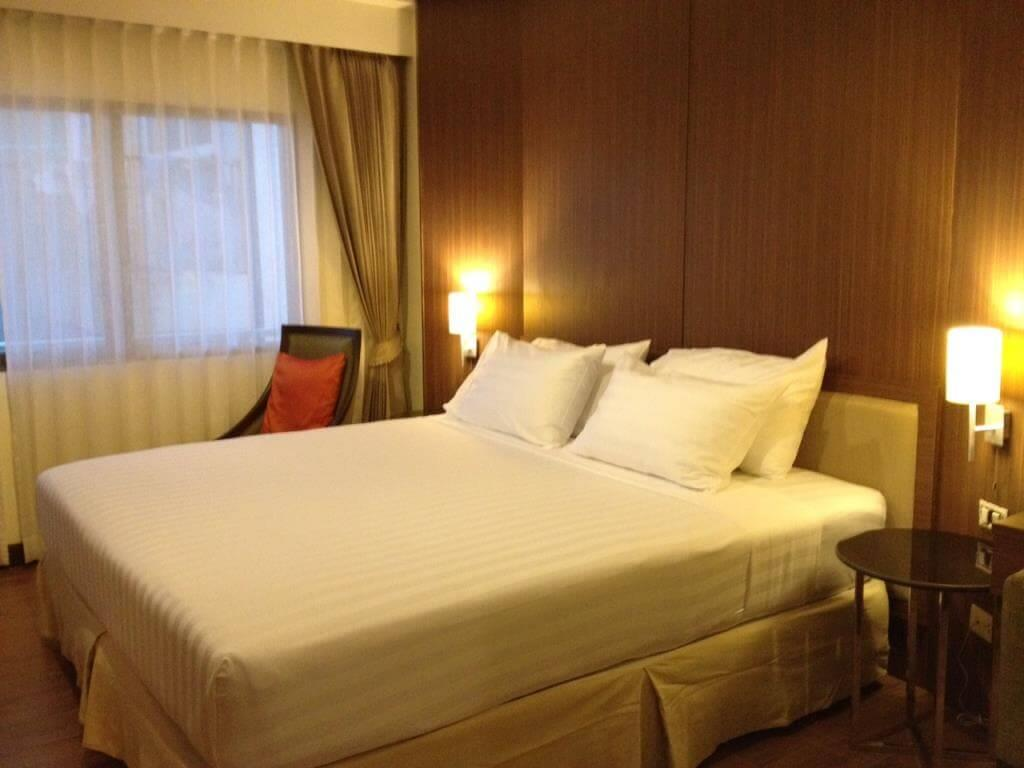 Bay Breeze Hotel