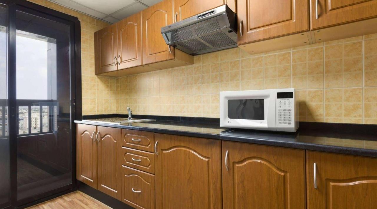 Ramada Hotel & Suites Ajman - фото 13