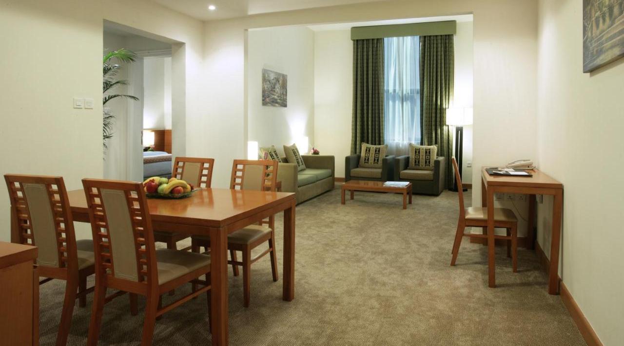Ramada Hotel & Suites Ajman - фото 20