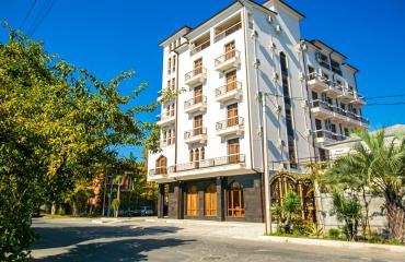 Garuda Boutique Hotel 4*